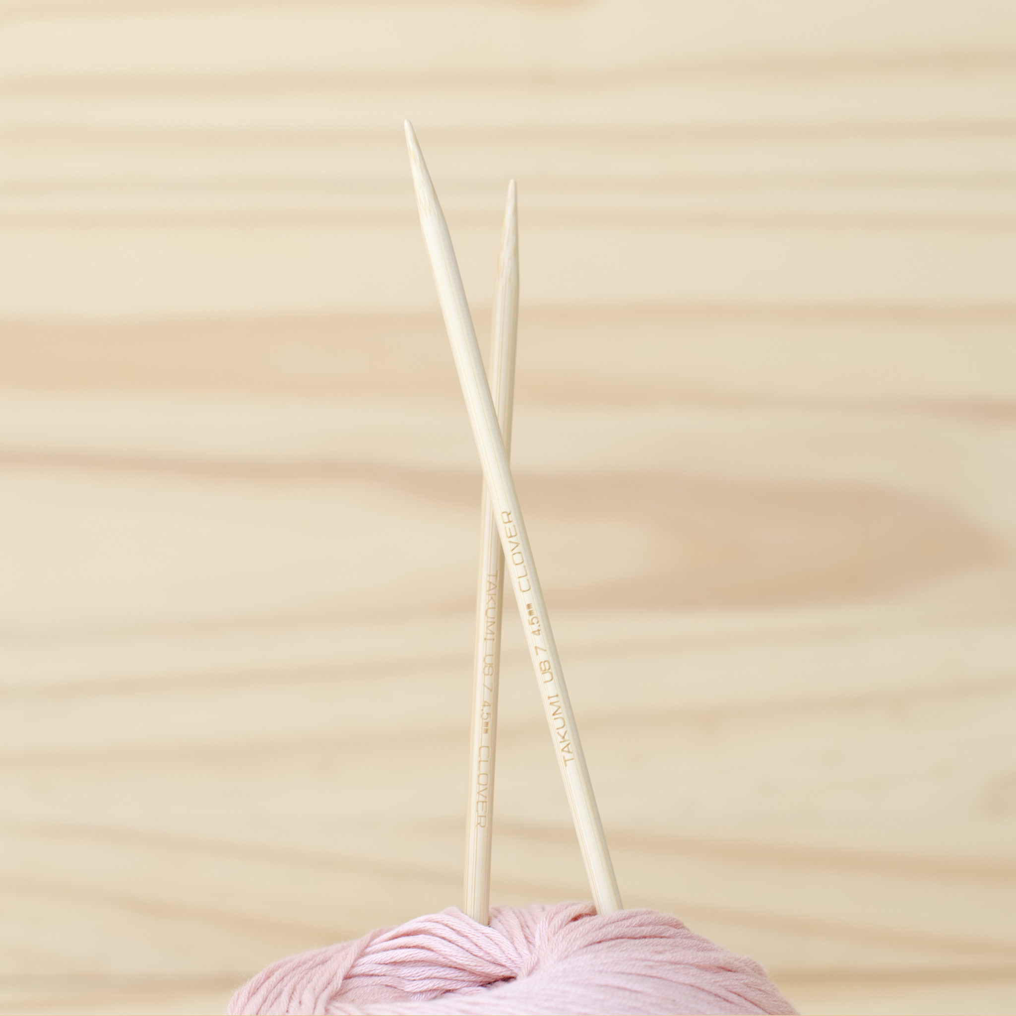 Clover : Bamboo Double Pointed Knitting Needles : 4.5mm