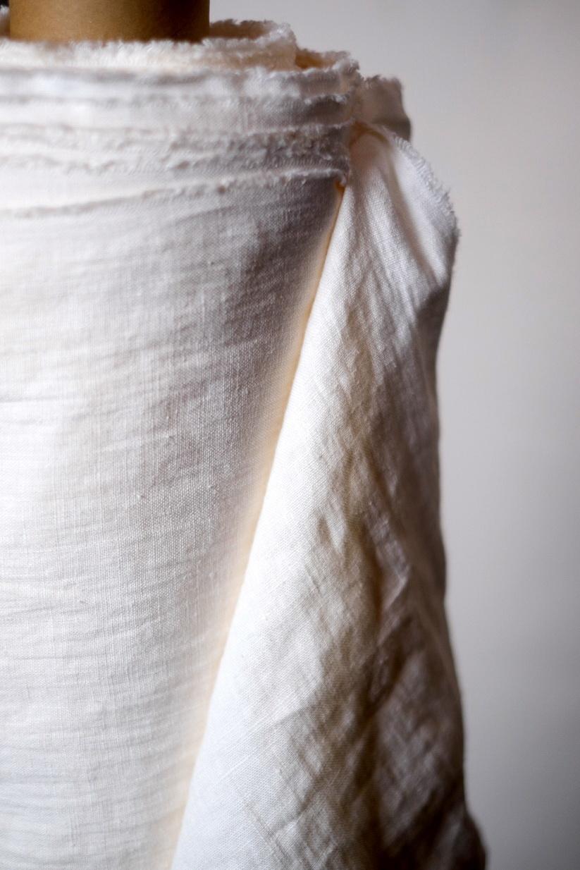 Merchant & Mills : Milk Linen : 1/2 metre