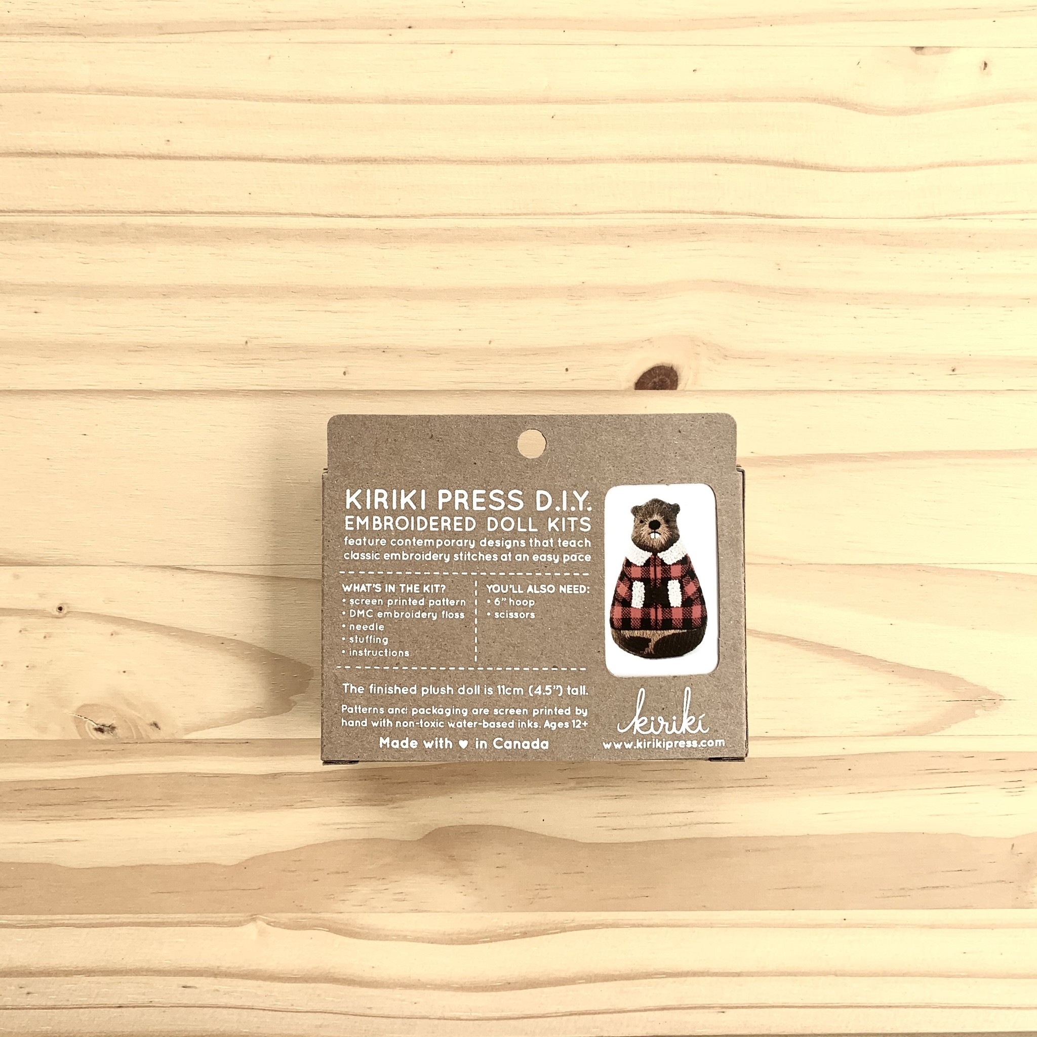 Kiriki Press : Embroidery Kit : Beaver