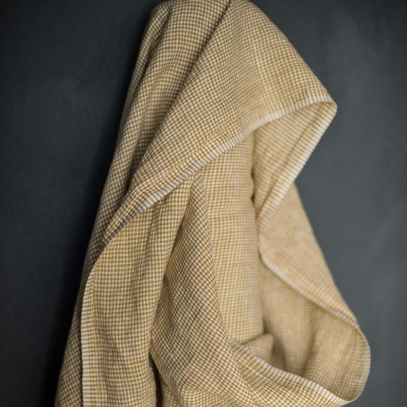 Merchant & Mills : Royal Mustard Linen : 1/2 metre