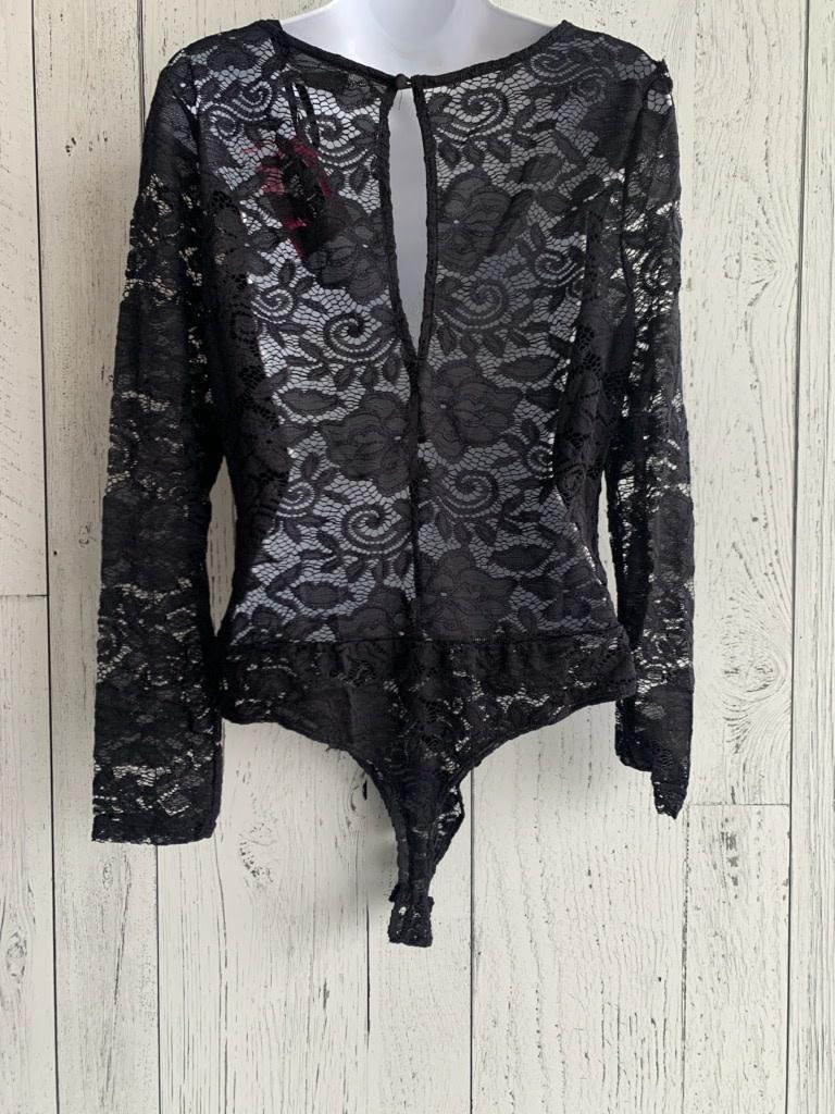 curvy long sleeve lace  Vneck bodysuit