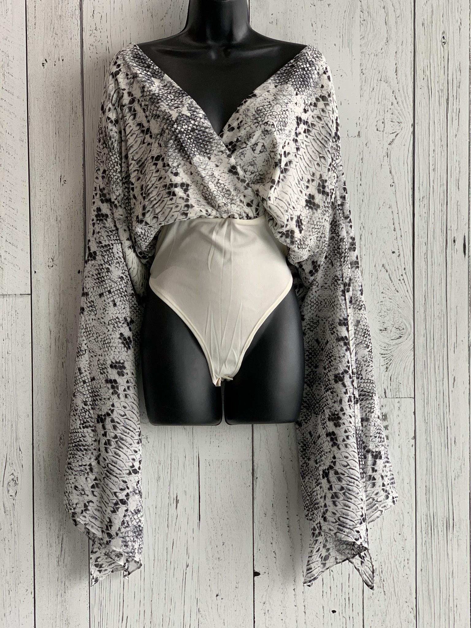 curvy long sleeve snake print bodysuit