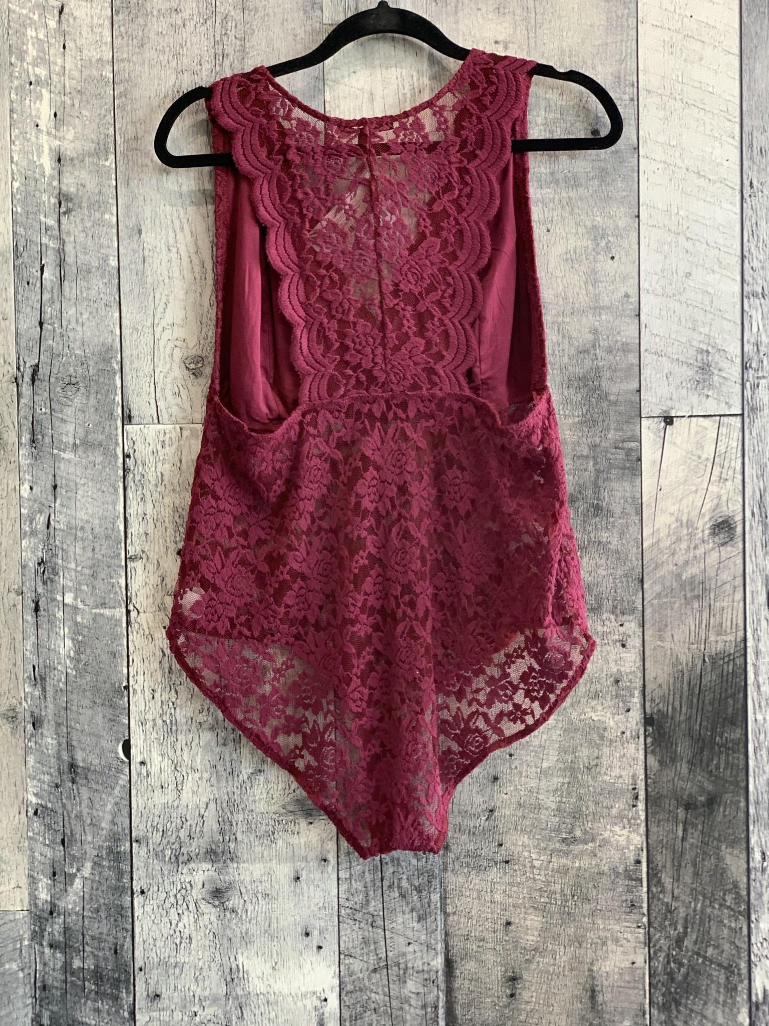 curvy  scallop lace bodysuit