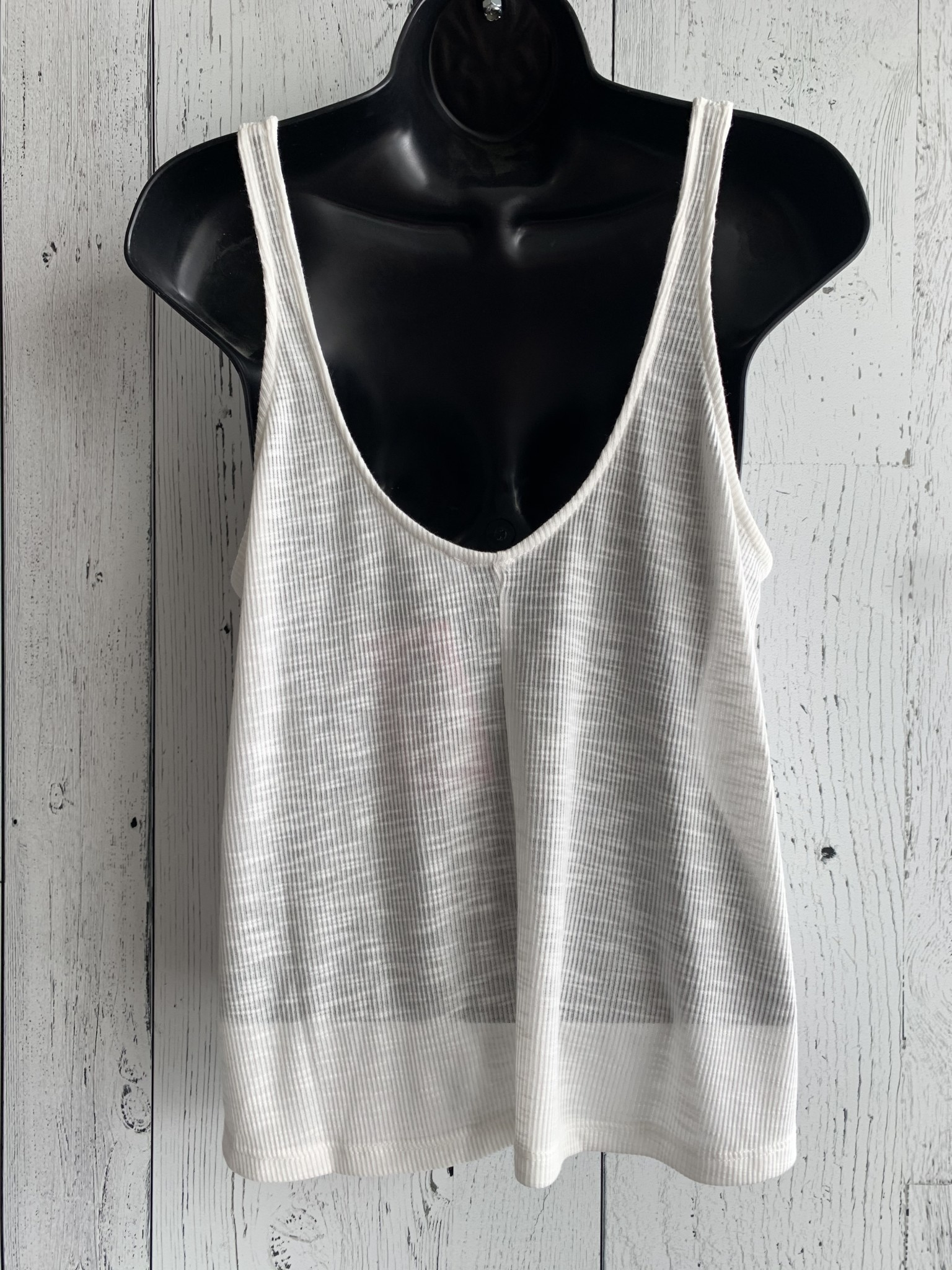 ribbed swing tank