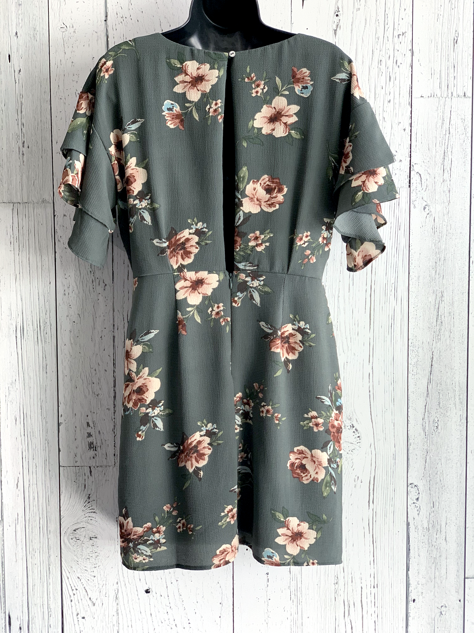 ruffle sleeve floral dress
