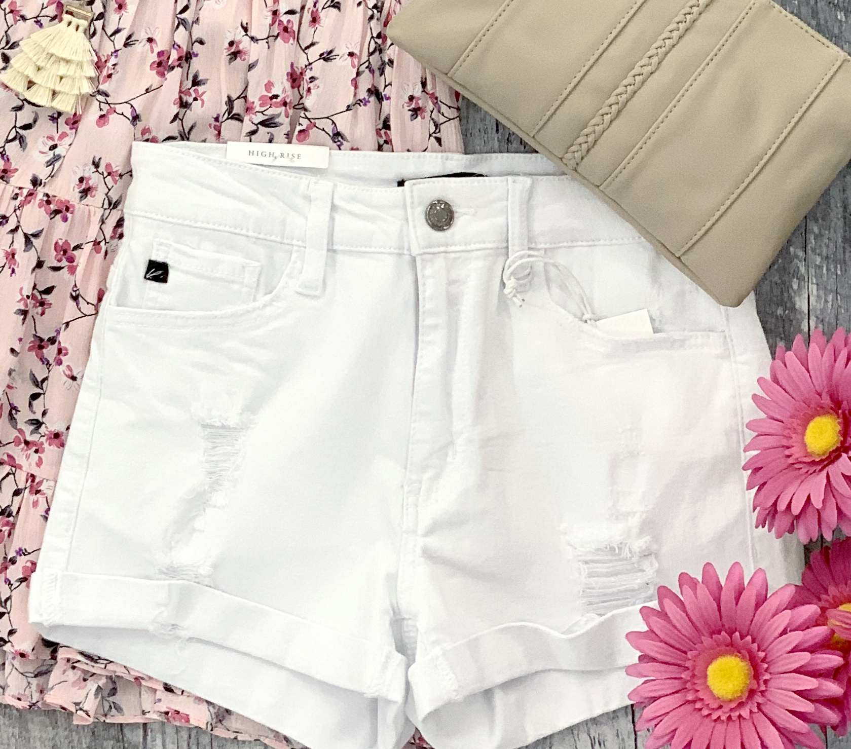 cuffed bottom high rise shorts
