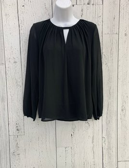 long sleeve pleated blouse