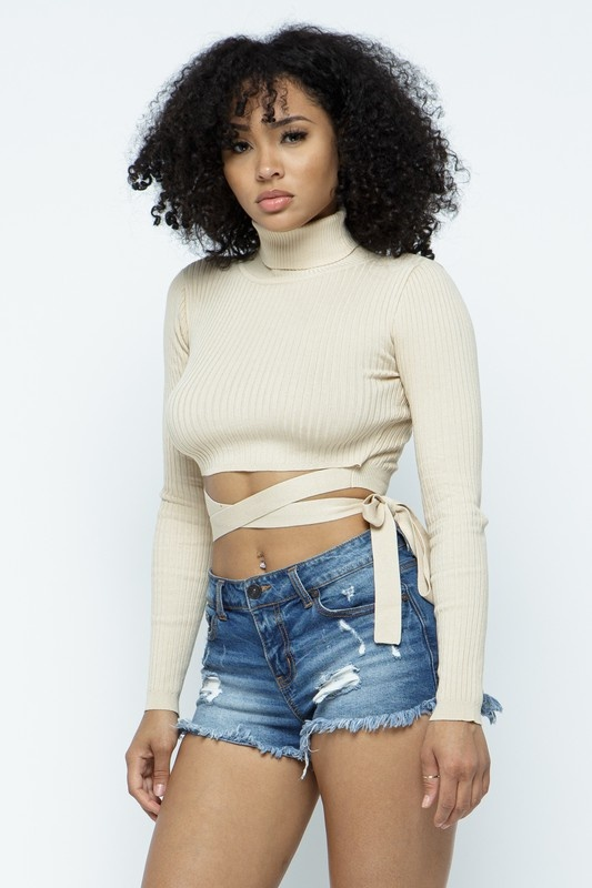 Helena turtleneck crop with body string