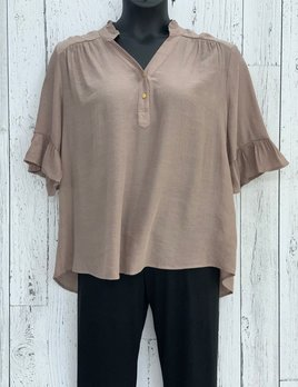 curvy  ruffle sleeve blouse