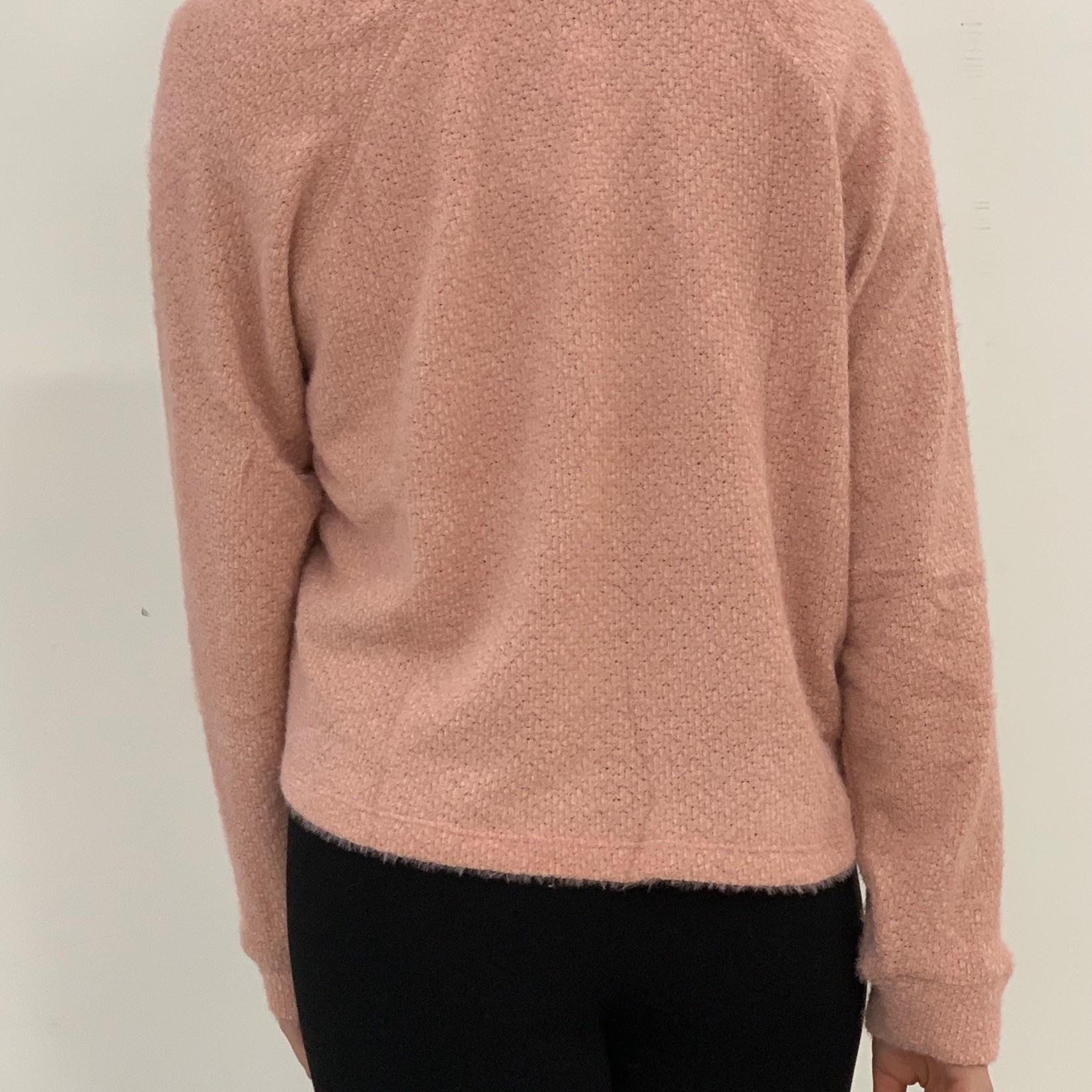Hyda V-neck top