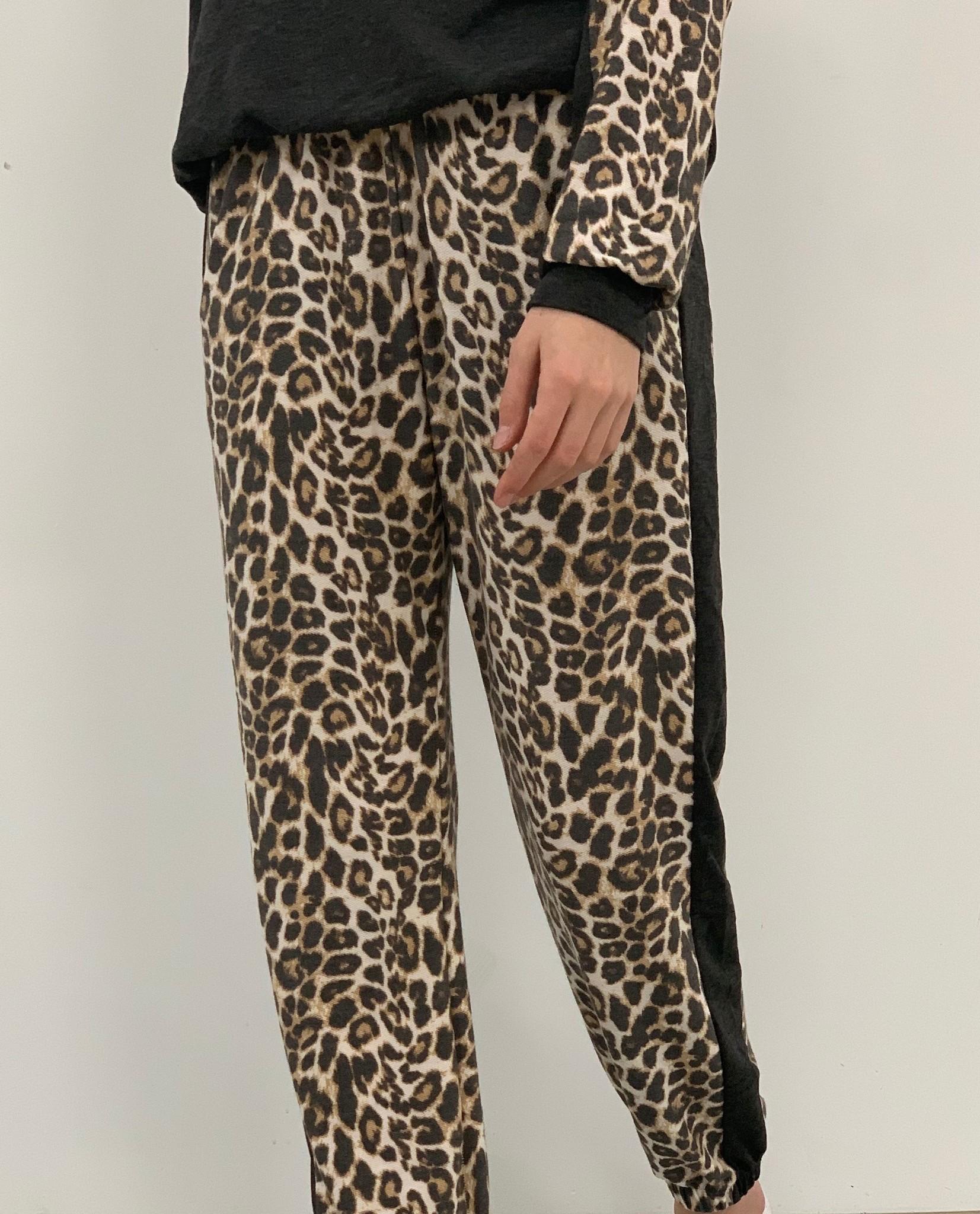 Mabel leopard  stripe jogger