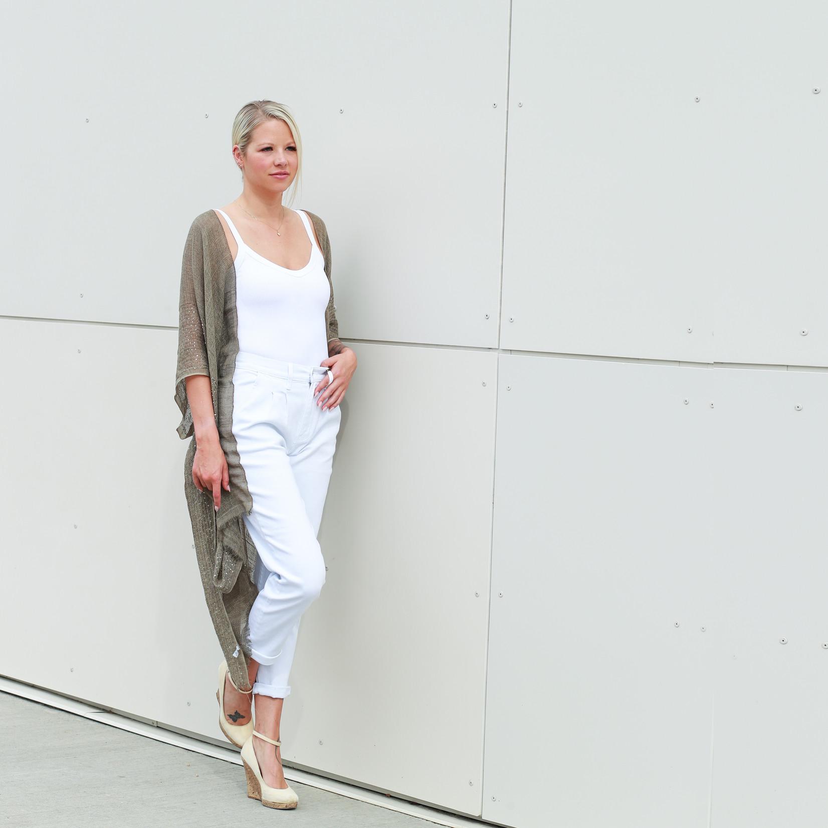 Vera white mom jeans