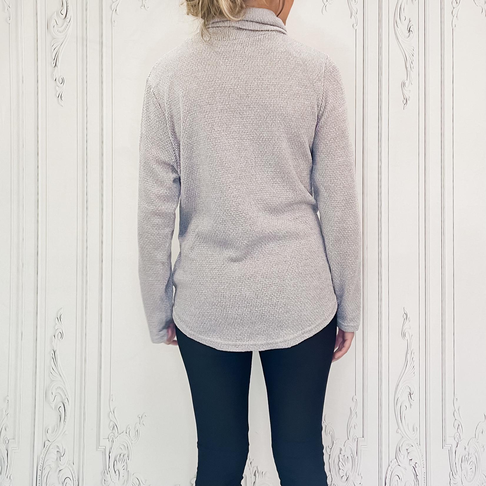 Sam knot turtle neck sweater