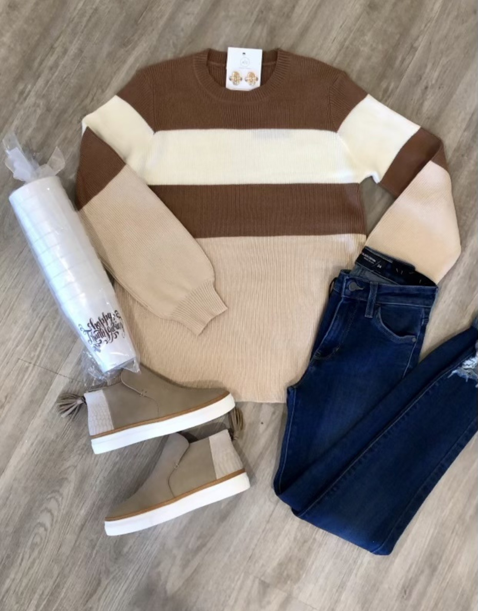 le lis Mocha Sweater