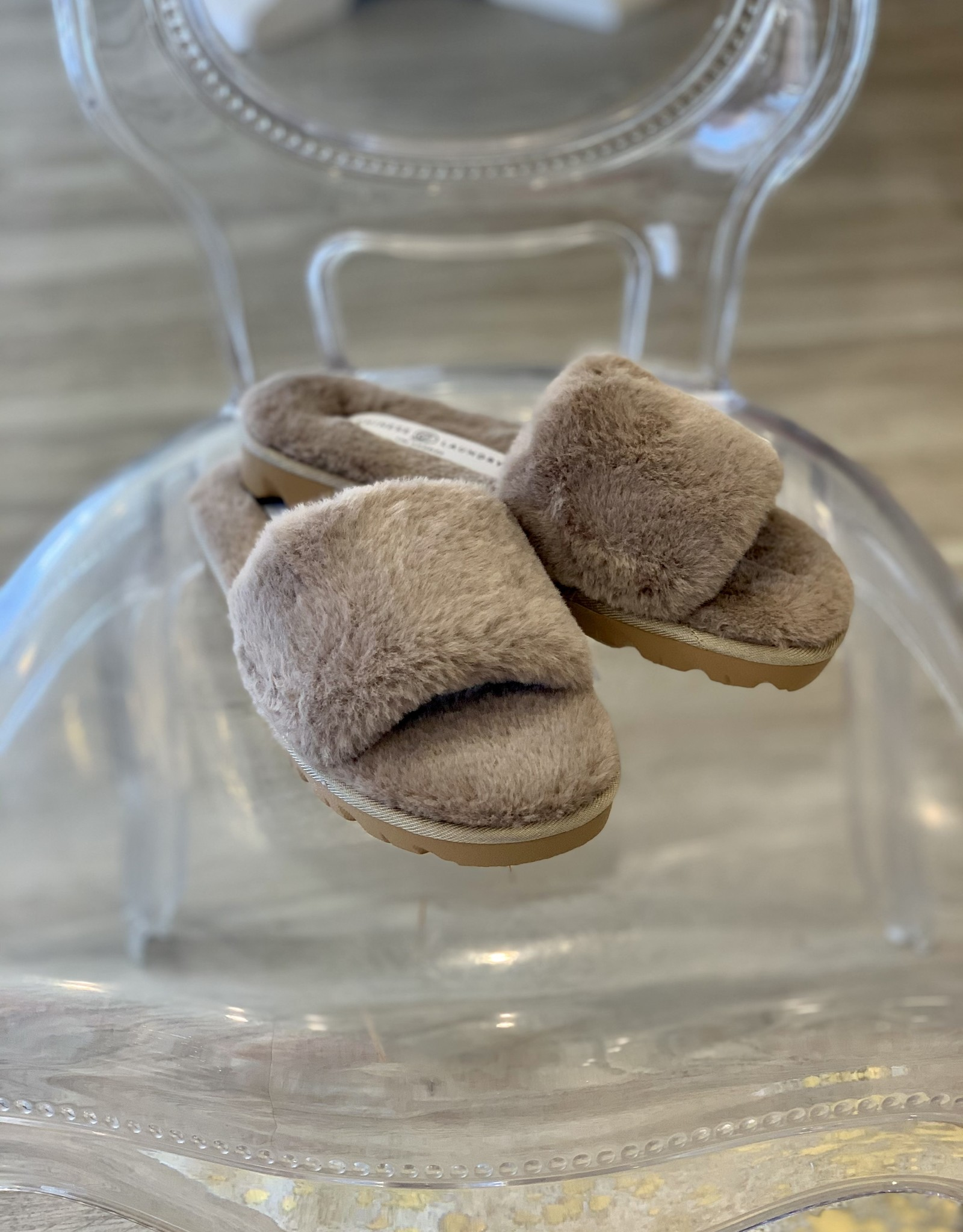 Chinese Laundry Rally Slipper