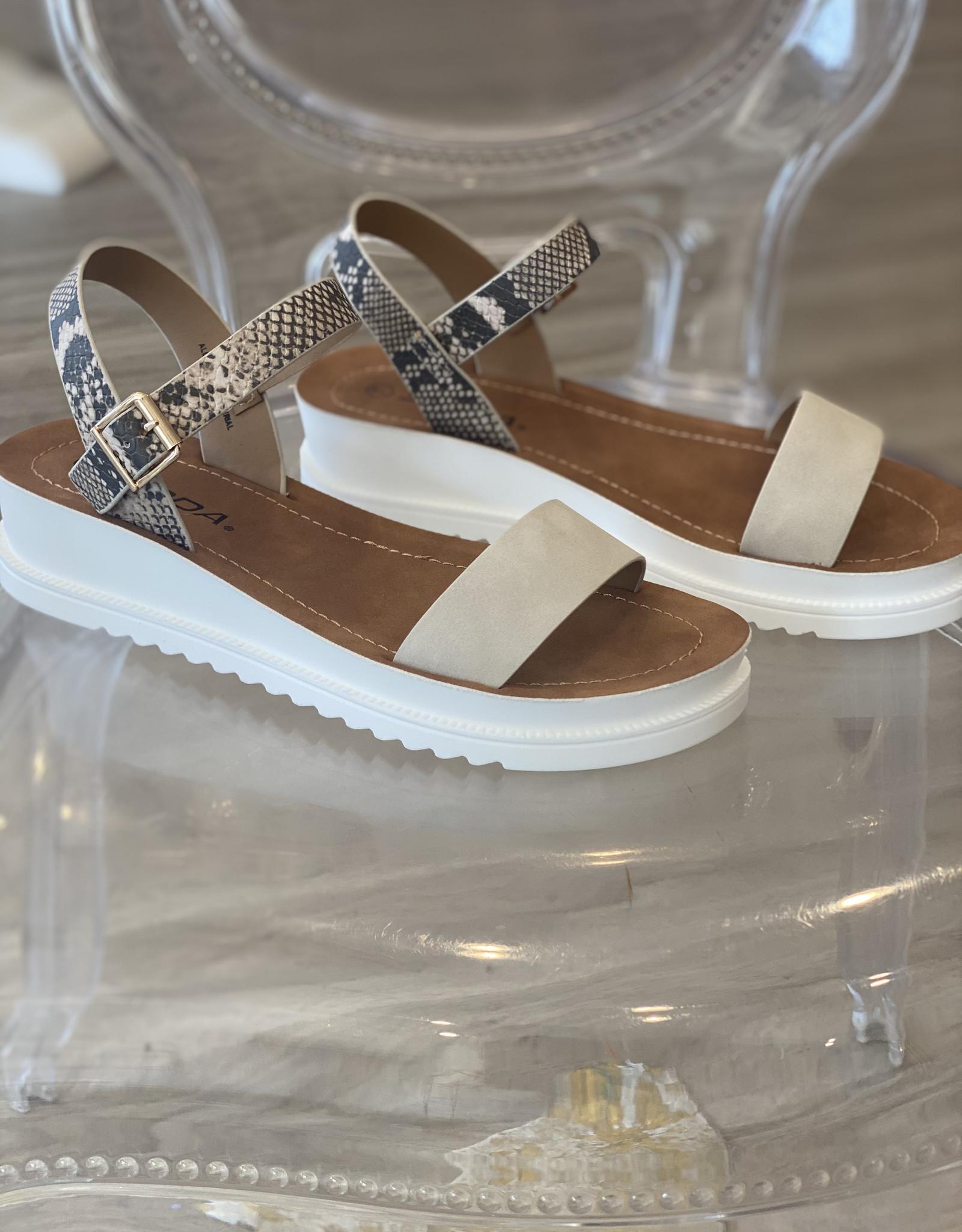 SODA Upon Sandal