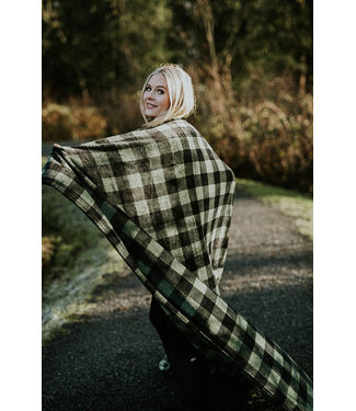KUMA Huntly Plaid Throw