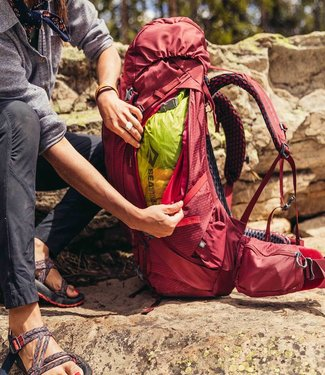GREGORY Gregory Women's Kalmia 60 Backpacking Pack