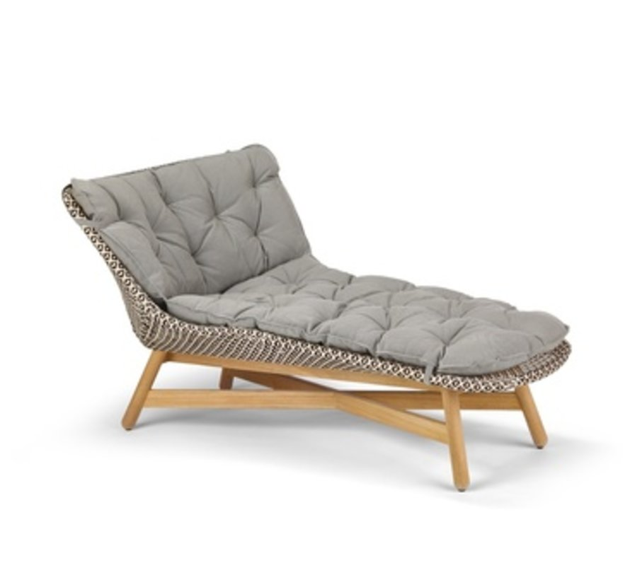 MBRACE DAYBED IN PEPPER WEAVE