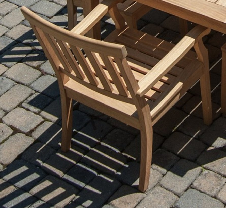 ENGLISH DINING ARM CHAIR