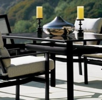 BROWN JORDAN PARKWAY 47 X 81 DINING TABLE WITH GLASS TOP (no umbrella hole)