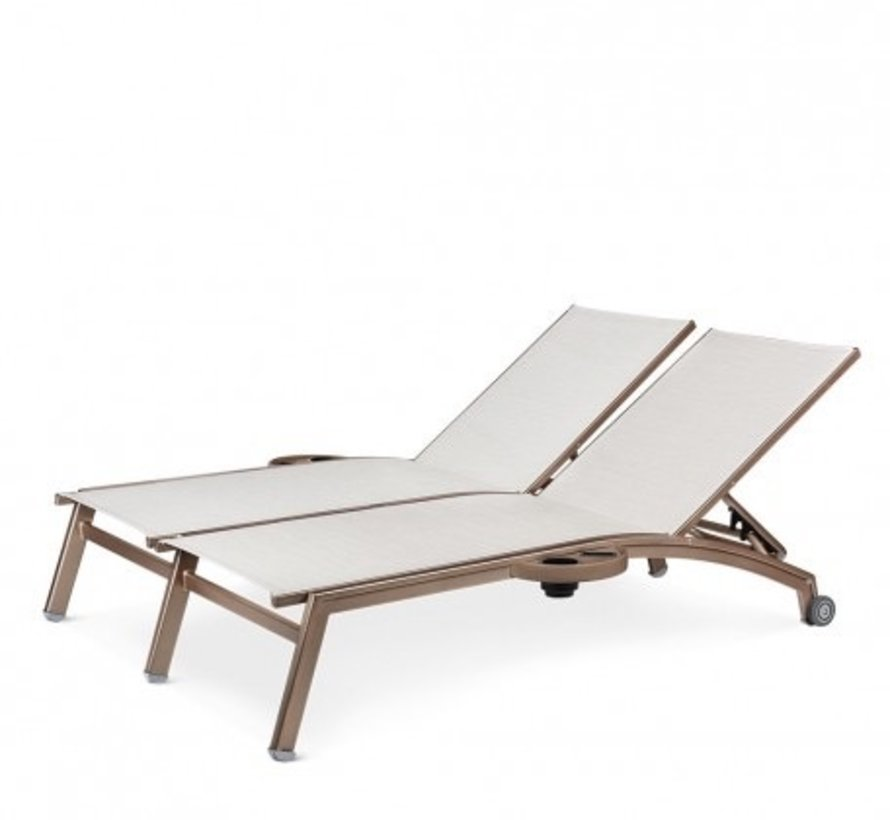 NOVUS DOUBLE CHASIE WITH WHEELS AND ATTACHED SIDE TRAYS, REGULAR SLING, STANDARD POWDER COATED ALUMINUM FRAME