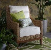 SUMMER CLASSICS PENINSULA LOUNGE CHAIR IN RAFFIA AND SANDALWOOD FINISH