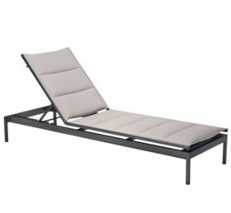 CABANA CLUB PADDED CHAISE LOUNGE / GRADE A SLING