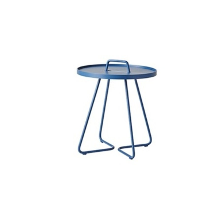 ON-THE-MOVE SIDE TABLE, SMALL IN DUSTY BLUE