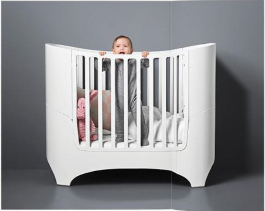 Leander LEANDER Oval Crib + Conversion Kit