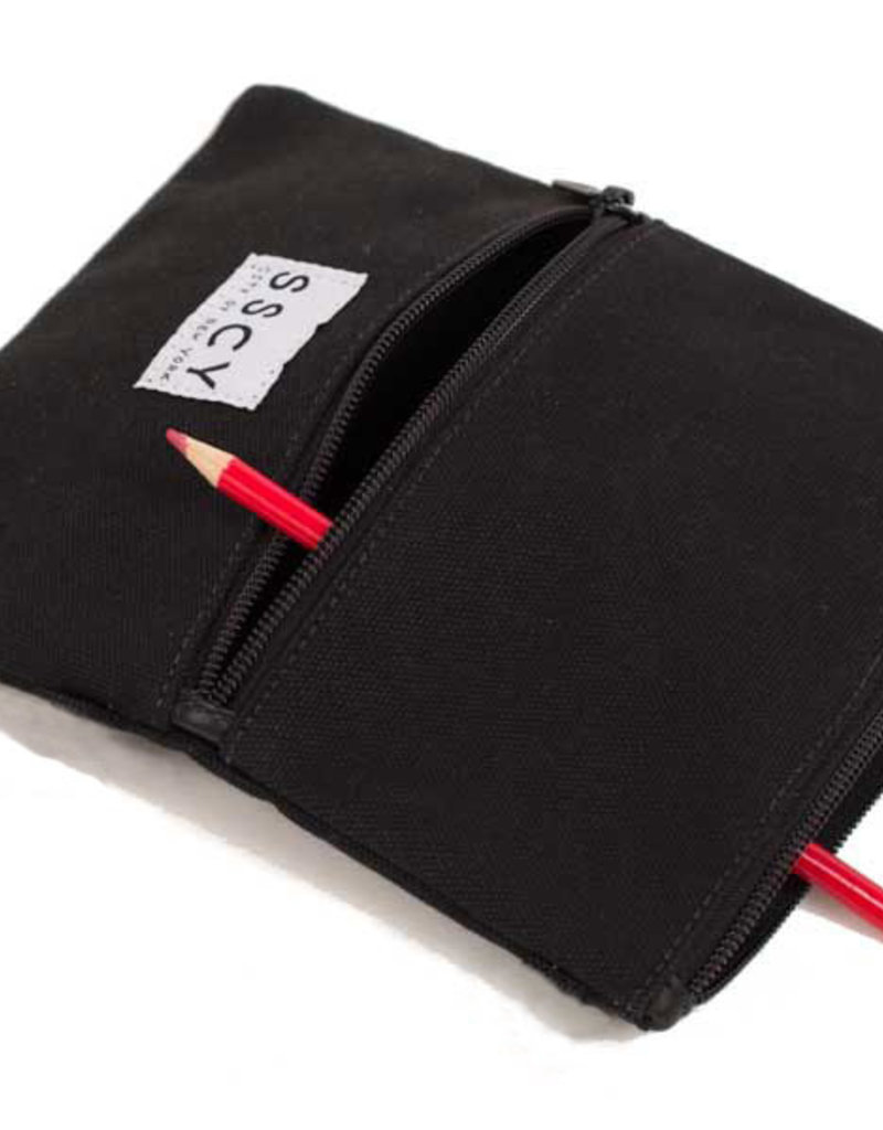 Hemisphere Pouch in Black