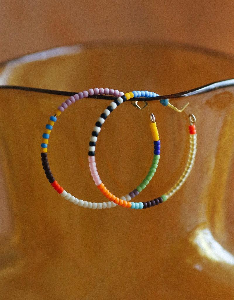Kisiwa Kisiwa Large Rangi Hoop Earrings