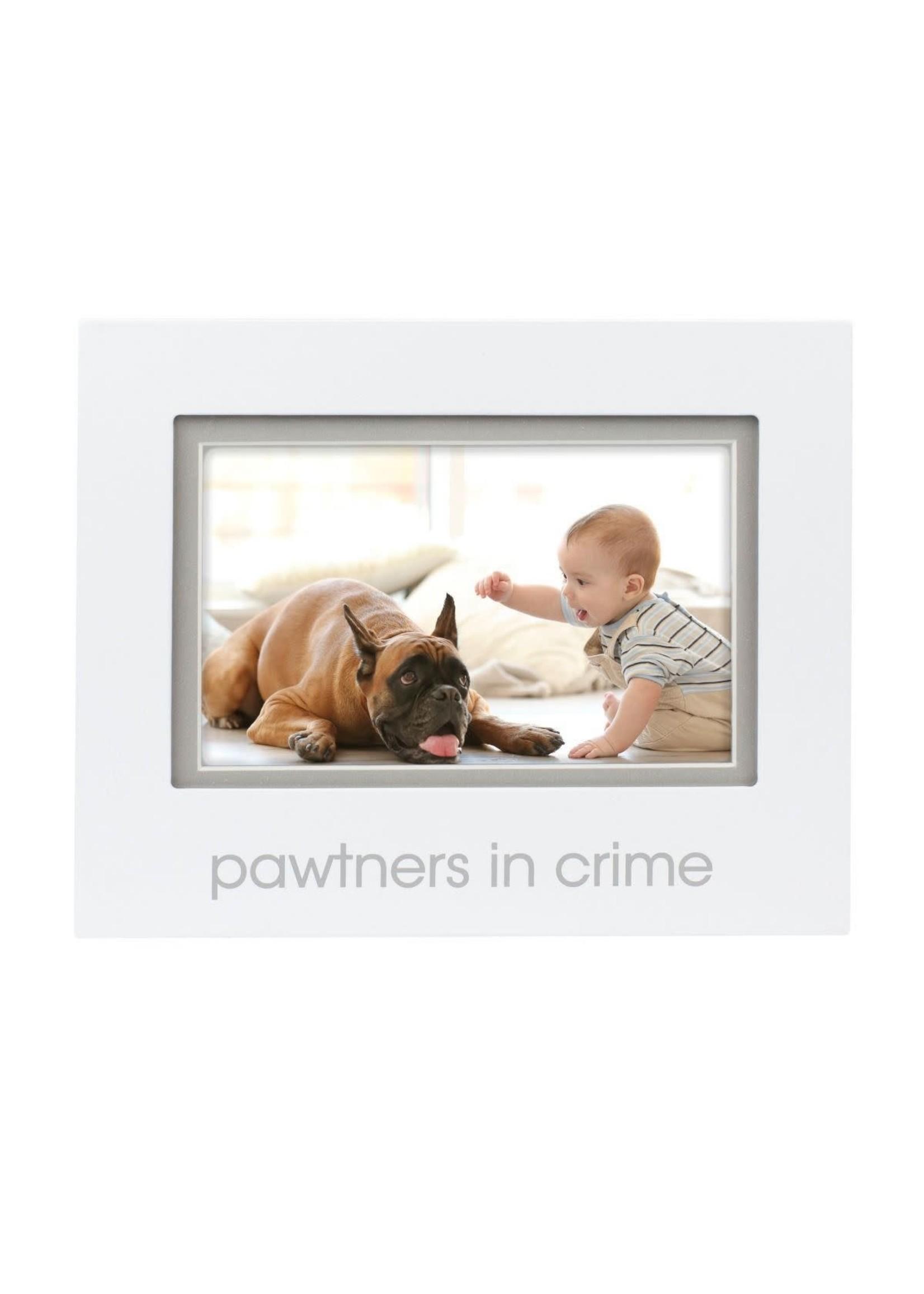 pearhead Pawtners in Crime Frame