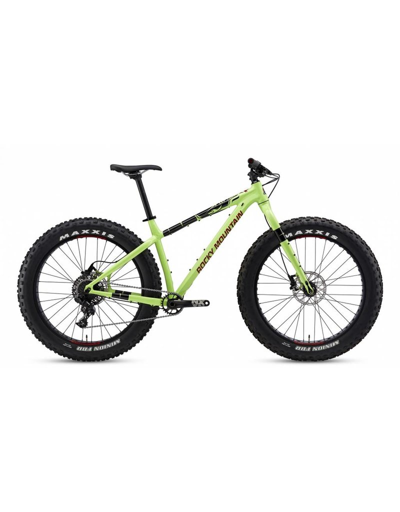 ROCKY MOUNTAIN 2017 Blizzard -30 DEMO (Reg $2979 incl studded tires)