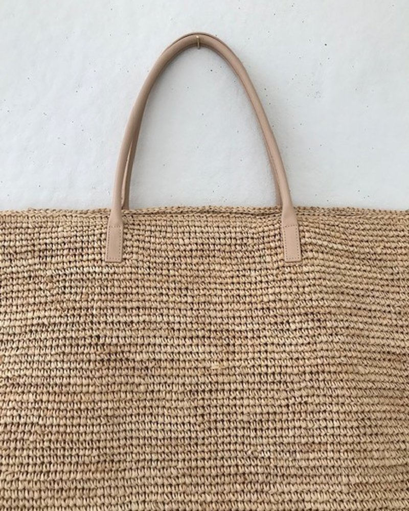 Hat Attack Luxe Tote Natural