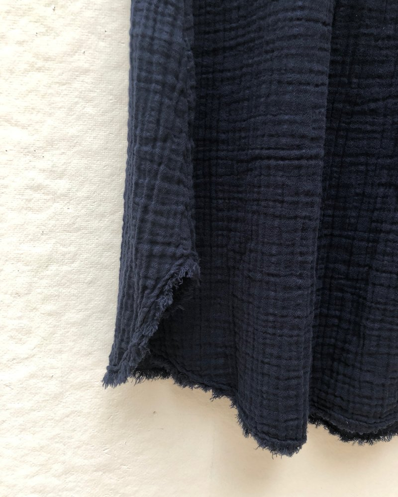 It is well L.A. Full Frayed Skirt Navy