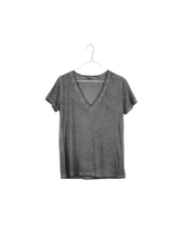 It is well L.A. V Neck Tee Charcoal Oil