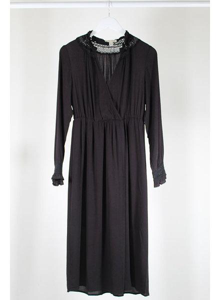See U Soon SUS Crochet Surpli Dress Blk