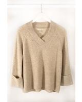 See U Soon SUS V Cuff Slv Sweater OW