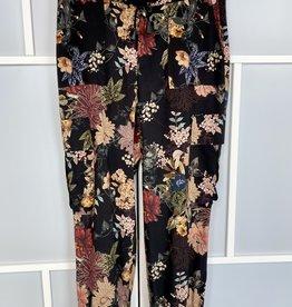 Que QUE Black Floral Pant