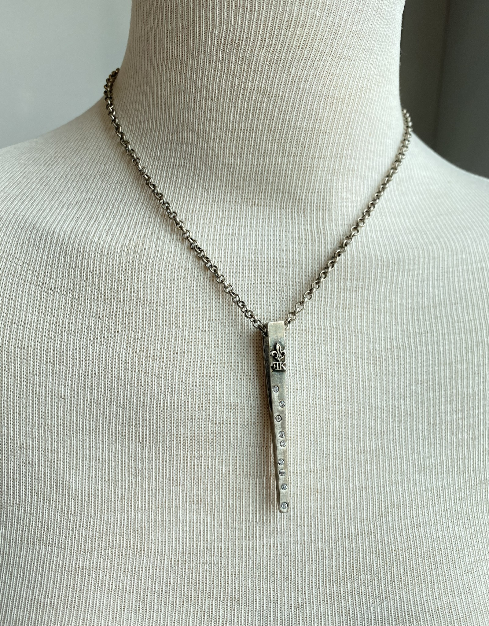 """French Kande 17"""" Silver Rolo Chain  w/Spike"""