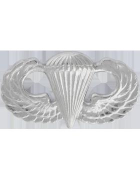 No Shine Insignia Parachutist Insignia