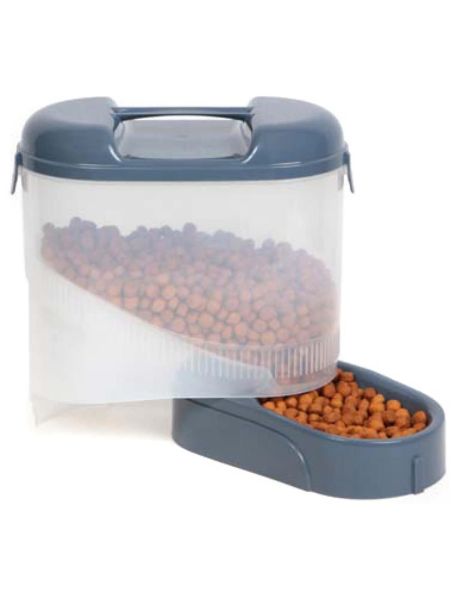 Bergan Bergan Travel Feeder 5 lb Storage