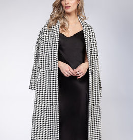 Black Tape Houndstooth Sweater Coat