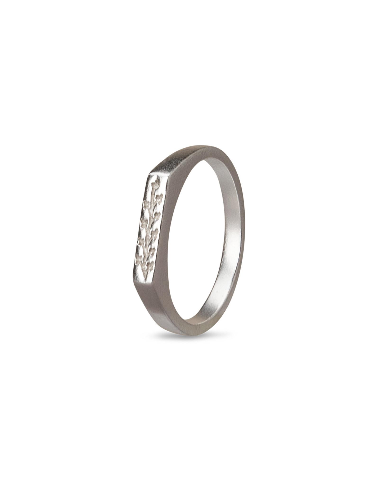 Yaya Ring w/ flower Silver