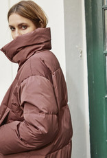 Soaked in Luxury Quebec Down Jacket Marron