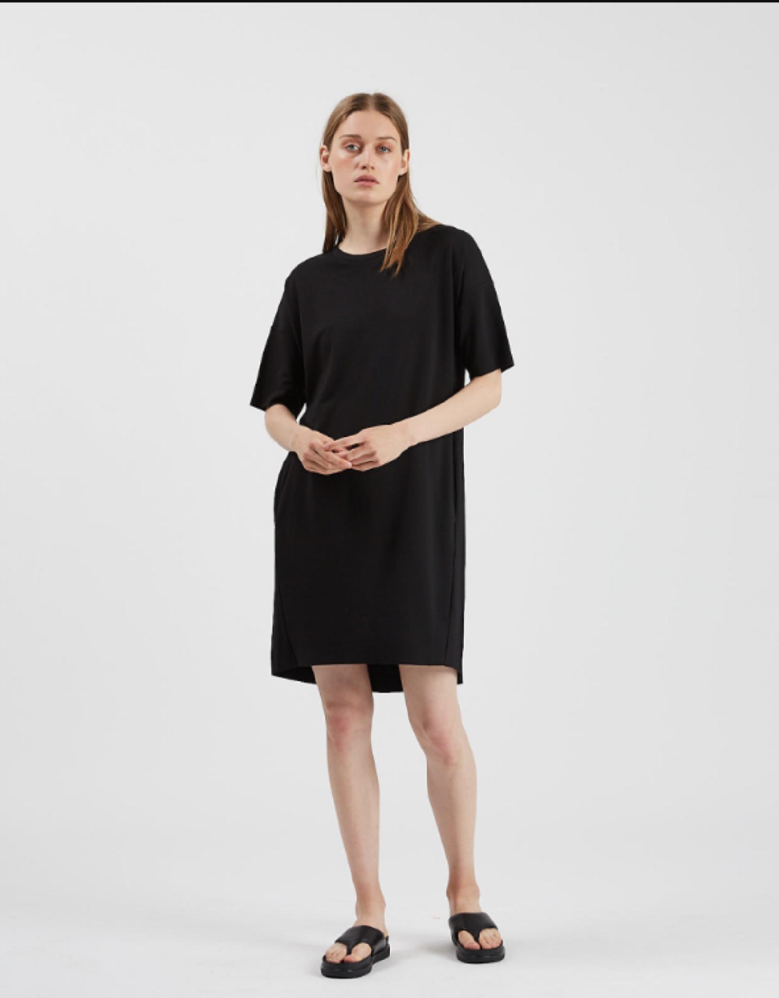 Minimum Regitza Dress Black