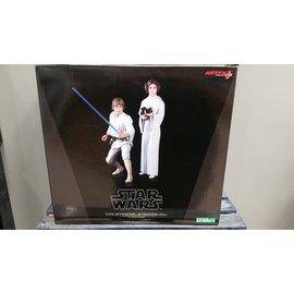 Kotbukiya Luke & Leia