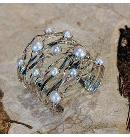 Special Concept Akoya Pearl SS Cuff Bracelet