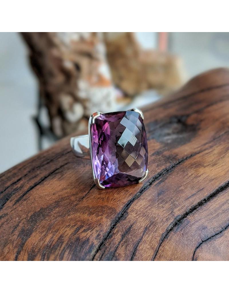 Amethyst SS Ring 10